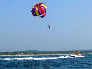 Para-sailing in Tarkarli